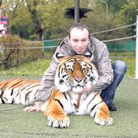 Виктор, 44 года, Водолей, Москва