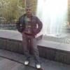 юрий, 42, г.Снежное