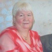 Александра, 60
