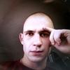 Александр, 26, Сніжне