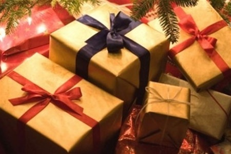 Що подарувати коханій на Новий рік?