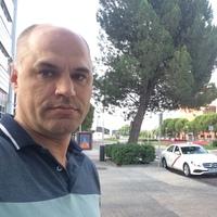 Олег, 32 года, Весы, Москва