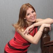 Елена, 32, г.Кокошкино