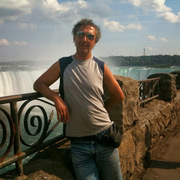 Dmitri 43 года (Козерог) Торонто