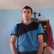 петро 46 лет (Козерог) Берегомет