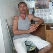 Юрий 37 лет (Скорпион) Русский