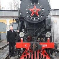 Аркадий, 35 лет, Телец, Санкт-Петербург