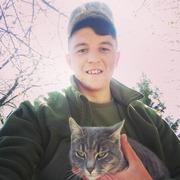 Олег 22 года (Водолей) Троицкое