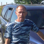Николай, 62, г.Климовск