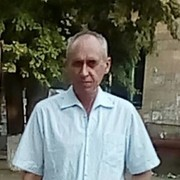 Юрий, 54, г.Луганск
