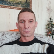 Эдуард, 44, г.Березовский
