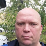 Максим, 41, г.Северск