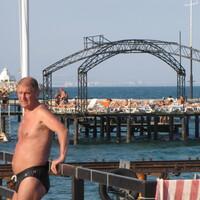 олег, 57 лет, Телец, Троицк