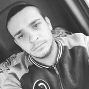 Денис, 23, г.Каховка