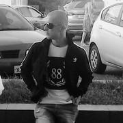 Олег, 29, г.Яхрома