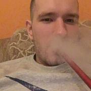 Евгений, 21, г.Рыльск