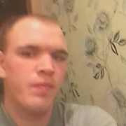 Валентин Кублов, 23, г.Миасс