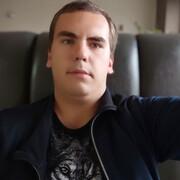 Максим 22 года (Рак) хочет познакомиться в Чудове