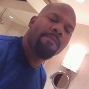 Derrick Silvers Jr, 38, г.Сиэтл