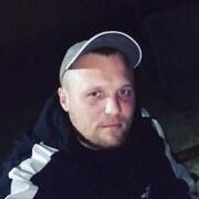 Юрий, 30, г.Семикаракорск