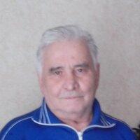 Николай, 84 года, Телец, Москва
