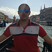 Михайло, 30