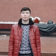 Рустам 27 лет (Водолей) Восточный