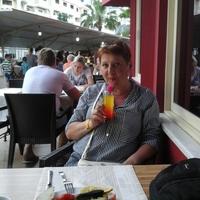 Марина, 83 года, Близнецы, Новомосковск