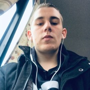 Степан, 21, г.Воткинск
