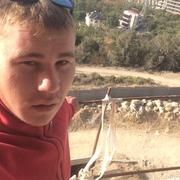 Valik, 24, г.Алушта