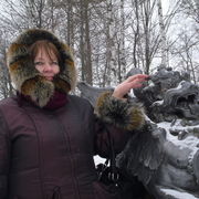 Марина, 60, г.Павловск