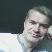Александр, 47, г.Инта