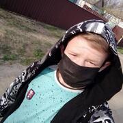 Денис, 19, г.Украинка