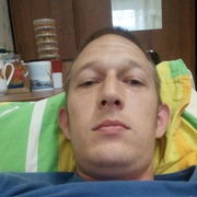 Денис, 33, г.Камешково