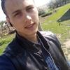 Олег, 19, г.Клетский