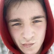 Валентин, 21, г.Челябинск