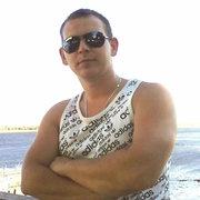 максим 34 года (Телец) хочет познакомиться в Змиевке