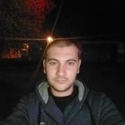 Илья, 30, г.Венев