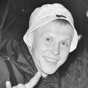 Александр, 28, г.Заречный