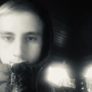 Илья, 21, г.Фрязино