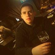 Артем, 23, г.Семилуки