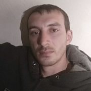 олег лапаури, 32, г.Фрязино