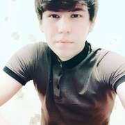 Максим, 18, г.Архангельск