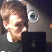 Александр, 19, г.Светлогорск