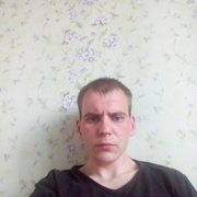 павел, 30, г.Окуловка