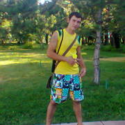 Николай, 28, г.Софрино