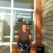Олег, 42, г.Райчихинск