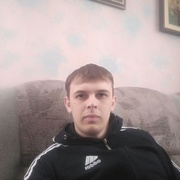 Евгений, 26, г.Троицк