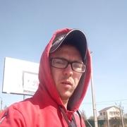 олег, 26, г.Псков