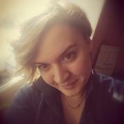 Елена, 27, г.Карасук